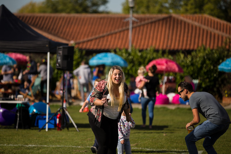 bensavellphotography_lloyds_clinical_homecare_family_fun_day_event_photography (259 of 405).jpg