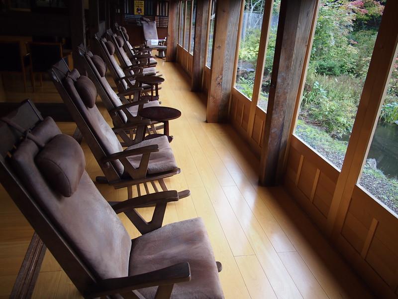 P9307840-relax-chairs.JPG