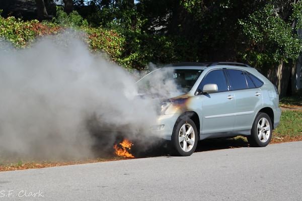 05/09/2017 Midway Car Fire on Sanibel Lane