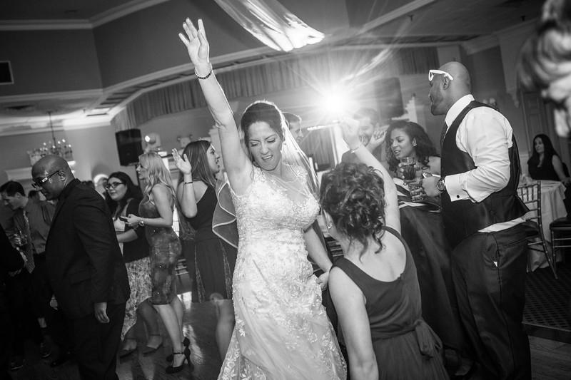 MRN_1267_Loriann_chris_new_York_wedding _photography_readytogo.nyc-.jpg.jpg