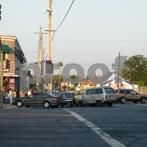 4 CAR ACCIDENT ON 54TH & CRENSHAW 7-25-09