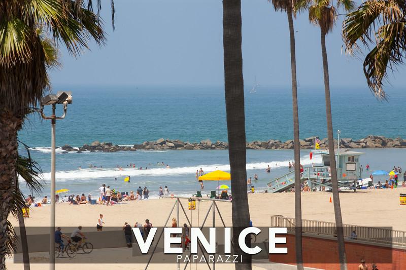 Muscle Beach-4.jpg