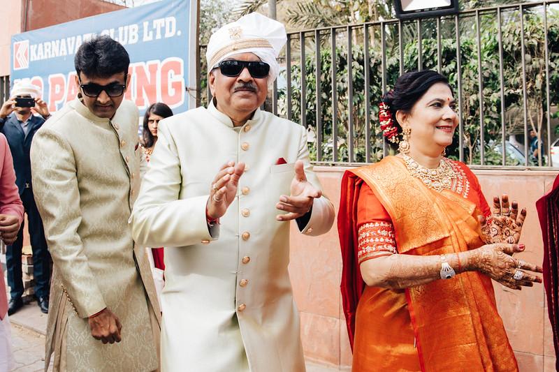 Poojan + Aneri - Wedding Day EOSR Card 1-0634.jpg