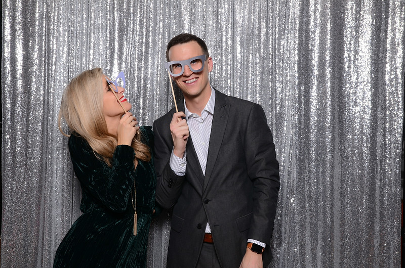 nwg residential holiday party 2017 photography-0130.jpg