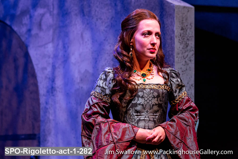 SPO-Rigoletto-act-1-282.jpg