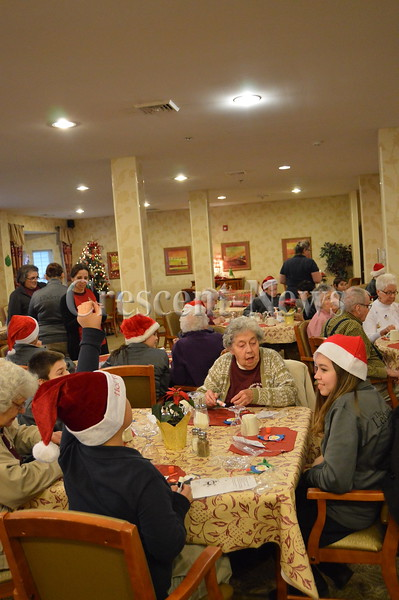 12-17-15 NEWS Glenn Park Christmas Party