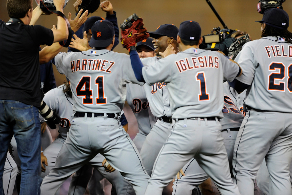 . MINNEAPOLIS, MN - SEPTEMBER 25: The Detroit Tigers celebrate a win of the game against the Minnesota Twins on September 25, 2013 at Target Field in Minneapolis, Minnesota. The Tigers clinched the American League Central Division title with a 1-0 win over the Twins. (Photo by Hannah Foslien/Getty Images)