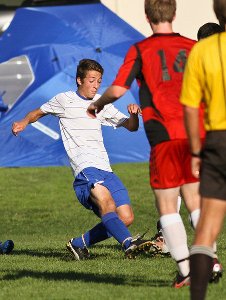 RCS-Varsity-Boys-Soccer-vs-Valley-Oct.13.2011-007.jpg