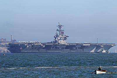 USA 2011 - Day 10 - San Francisco Fleet Week - Ship Parade