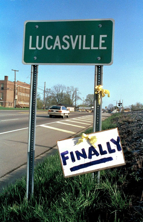 . A sign marks the end of an 11-day standoff at the Southern Ohio Correctional Facility in Lucasville, Ohio, April 22, 1993.  The siege ended with one guard and eight inmates dead and one inmate missing.  (AP Photo/David Kohl)