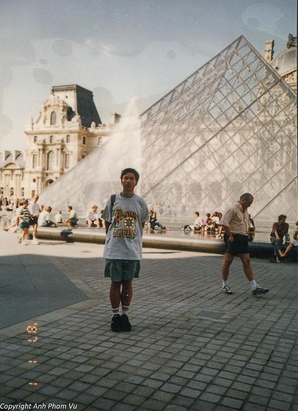 Paris 90s 023.jpg