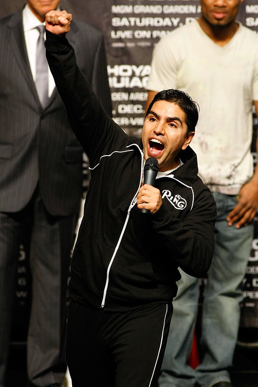 ". LAS VEGAS - DECEMBER 05:  Radio personality Eddie ""Piolin\"" Sotelo attends the weigh-in for the Oscar De La Hoya and Manny Pacquiao of the Philippines welterweight fight at the MGM Grand Garden Arena December 5, 2008 in Las Vegas, Nevada.   (Photo by Ethan Miller/Getty Images)"