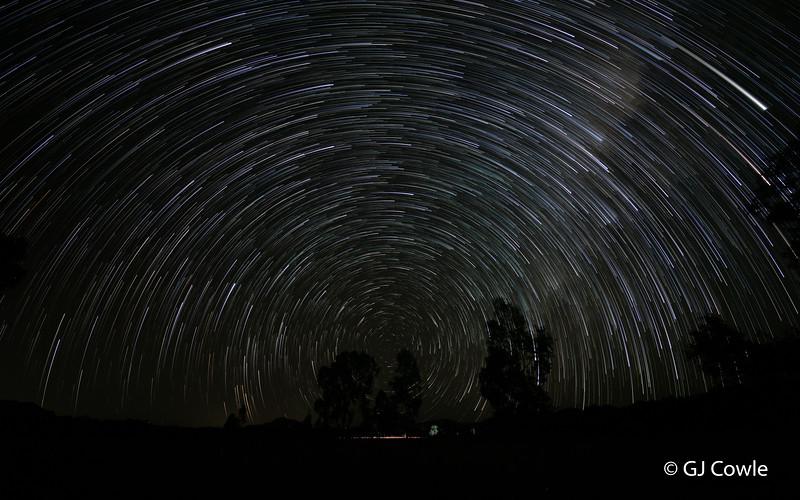 StarStaX_5D4_9086-5D4_9196_lighten.jpg