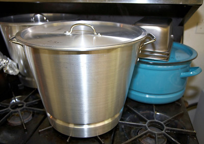 Mountain View UMC 03-06-2010 Making Tamales!!!