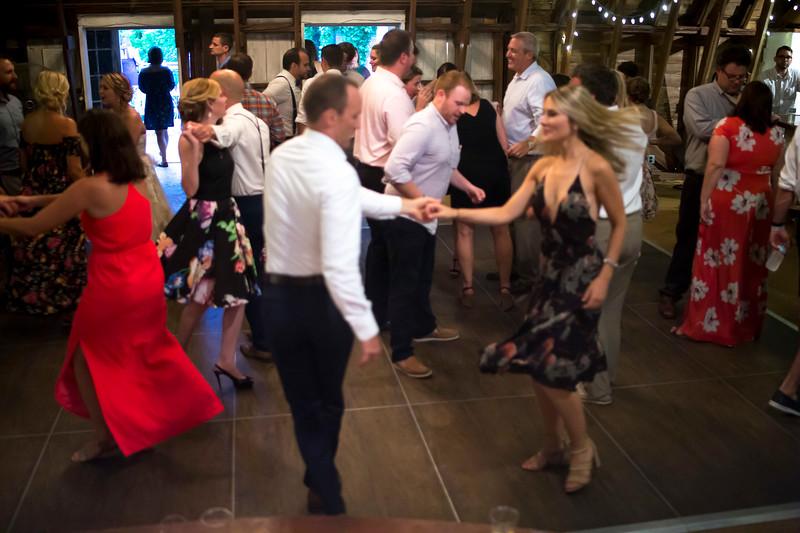 Garrett & Lisa Wedding (707).jpg
