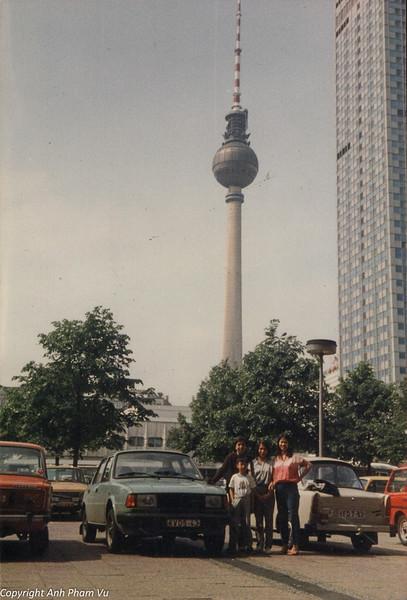 Berlin 80s DDR 18.jpg