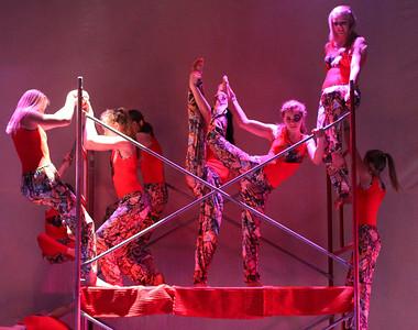 Snowflake Circus - Cirque De La Rue
