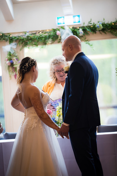 Sam_and_Louisa_wedding_great_hallingbury_manor_hotel_ben_savell_photography-0072.jpg