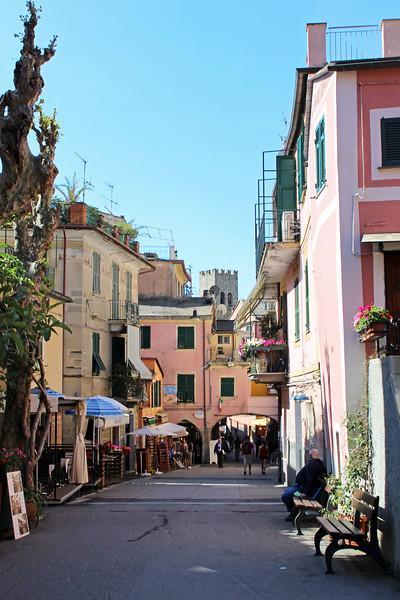 Italy-Cinque-Terre-Monterosso-Al-Mare-12.JPG