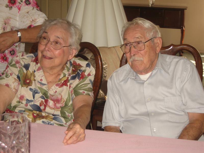 080927 Reunion at Dorothy and Ken-49.jpg