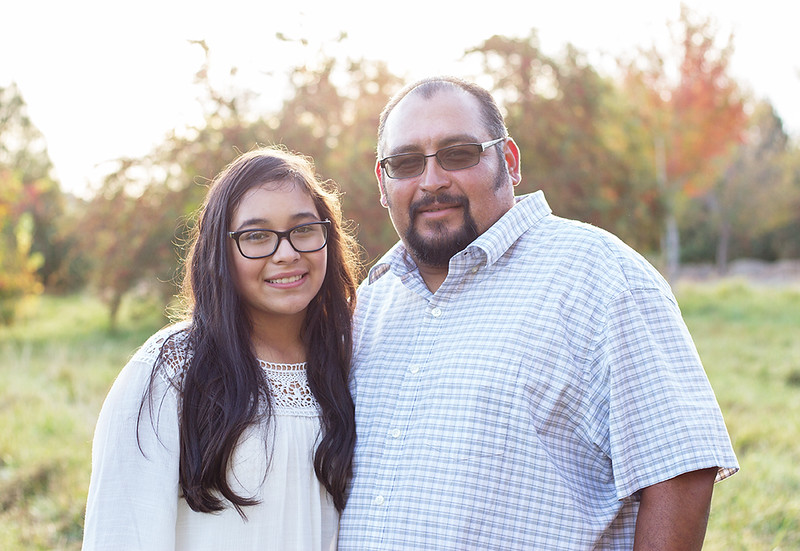 dad and daughter family portrait photographer.jpg