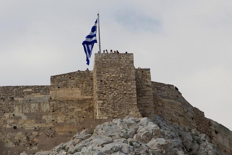 Flag atop the Acropolis.jpg