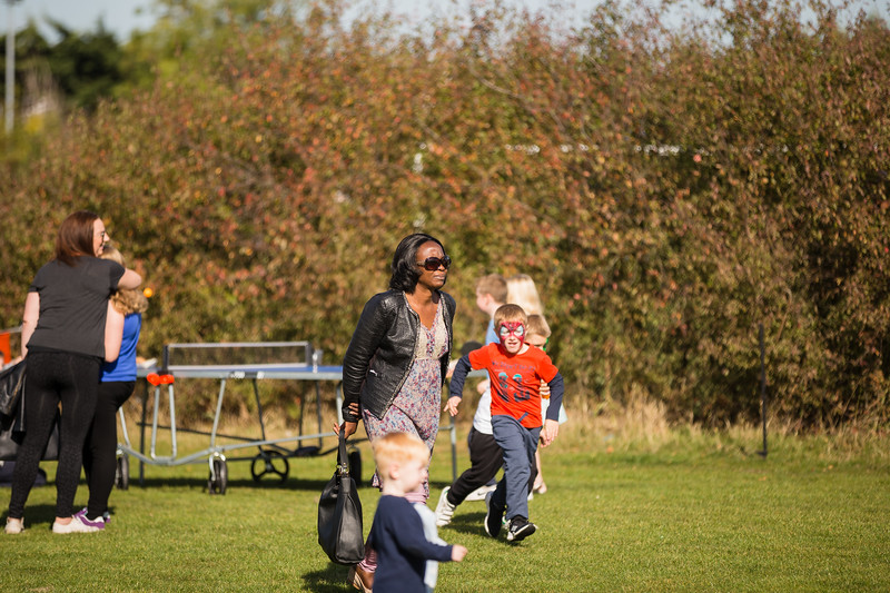 bensavellphotography_lloyds_clinical_homecare_family_fun_day_event_photography (210 of 405).jpg