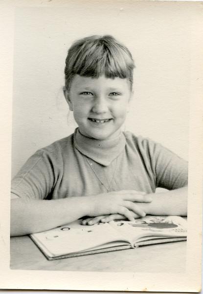1954 Sue-2.jpg