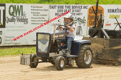 Tri-County Garden Tractor Pullers 8/10/13