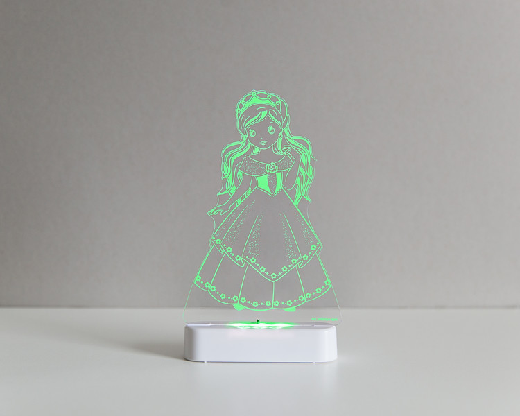 Aloka_Nightlight_Product_Shot_Princess_White_Greenlime.jpg