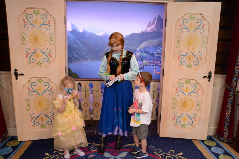 PhotoPass_Visiting_EPCOT_7891145572.jpeg