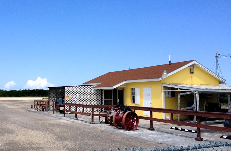 Deadman's Cay Airport