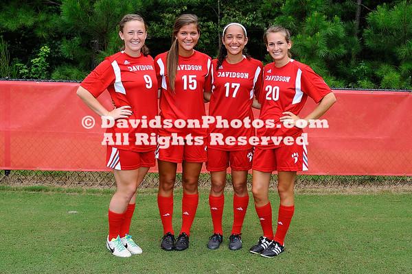 2013 Women's Soccer Team Photos