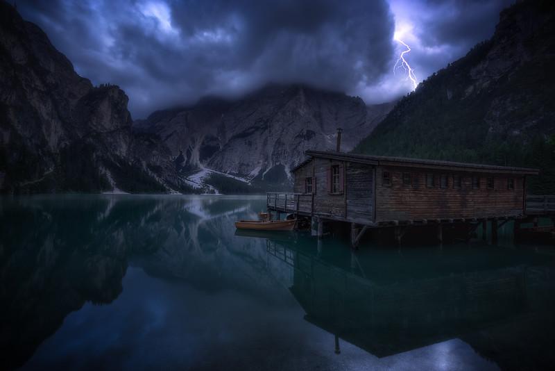 Lago-di-Braies-2.jpg