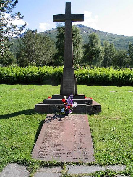 Fransk minnesmerke, krigskirgegård, Narvik gravlund