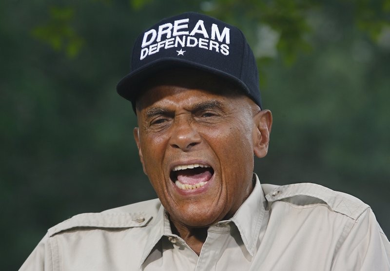 ". <p>6. HARRY BELAFONTE <p>He has a dream: To make millions selling off Martin Luther King�s papers. (unranked) <p><b><a href=\'http://www.nytimes.com/2013/10/16/arts/belafonte-sues-the-king-family.html?_r=0\' target=""_blank\""> HUH?</a></b> <p>     (AP Photo/Phil Sears, File)"