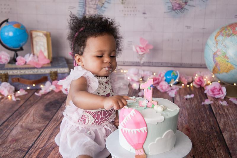 Adi's Cake Smash-46.JPG