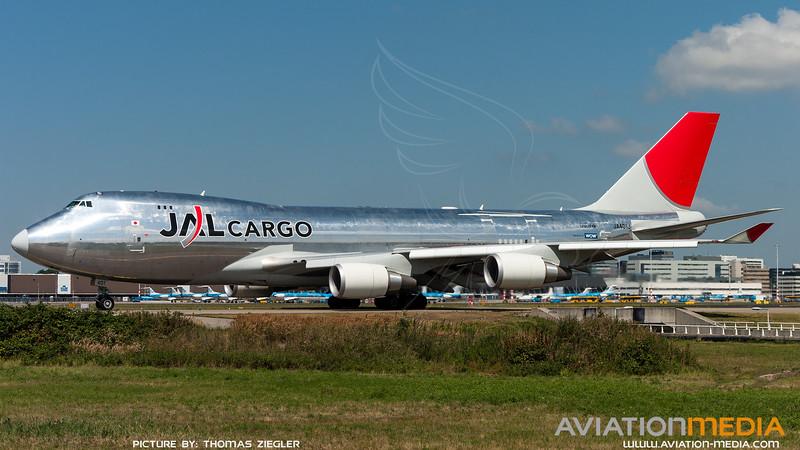 JA401J_JAL-Cargo_B747-446F_1.jpg