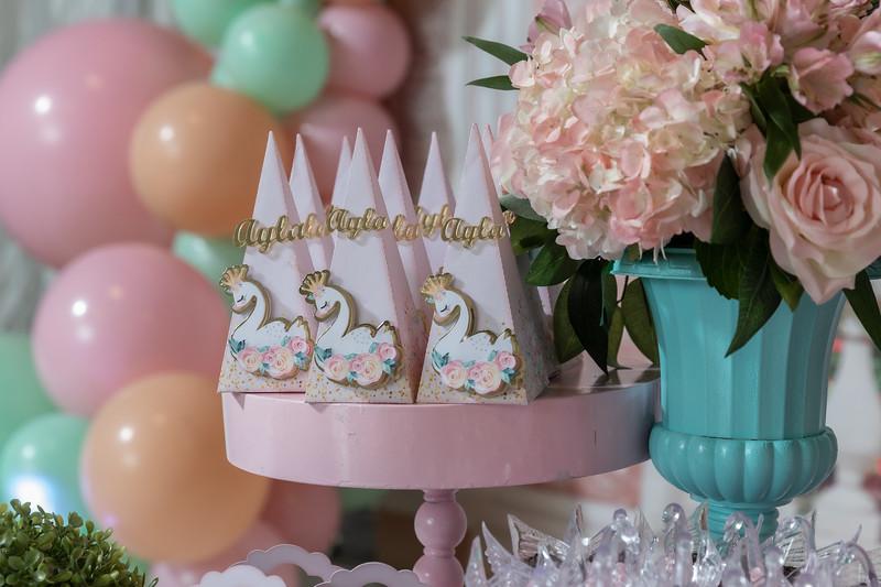 11.23.19 - Ayla's 1st Birthday - -65.jpg