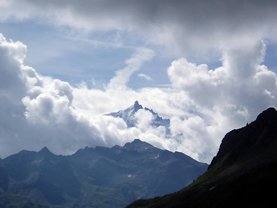 walking The French Alpes - E2