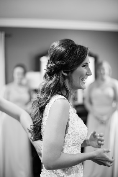118_Daniel+Mia_WeddingBW.jpg