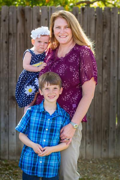 03-27 Hanson Family-211.jpg