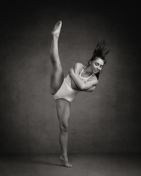 elli-preece-dancer-portfolio-2019-139-Edit.jpg