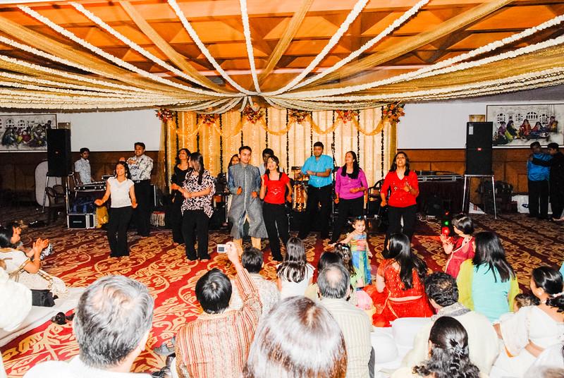 Wedding_Bombay_1206_357-2.jpg