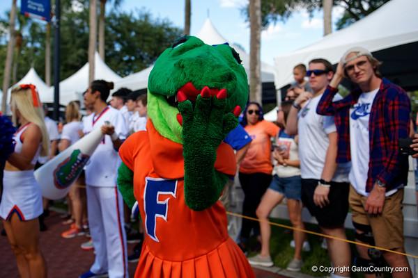 21-09-04_Gator Walk_Florida Gators vs FAU Owls