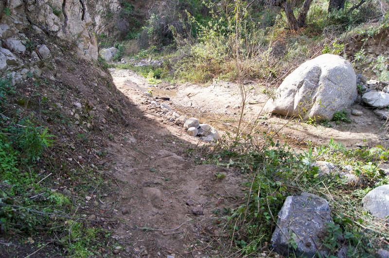 201201291670-El Prieto Trailwork.jpg