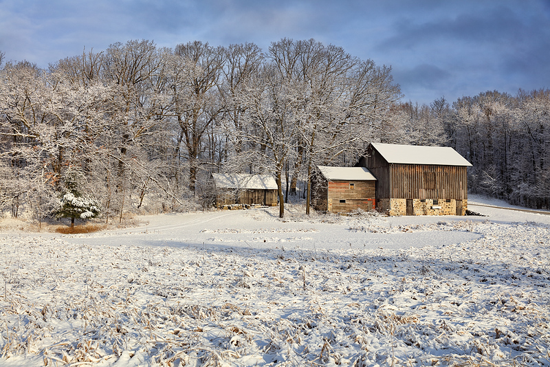 Washy Red....White & Blue - Wisconsin Barn (Erin, Wisconsin)