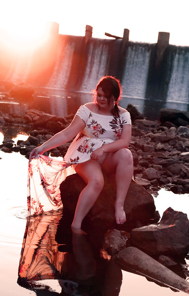 KatieHowardSeniorPhoto-sittingonrockinwater.jpg