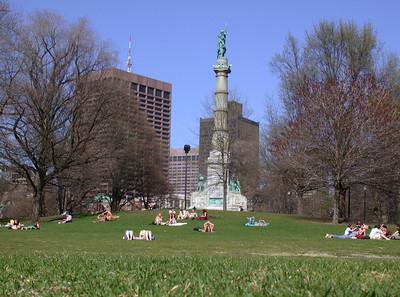 SmuggLr - !       A sunny April Day in Boston !