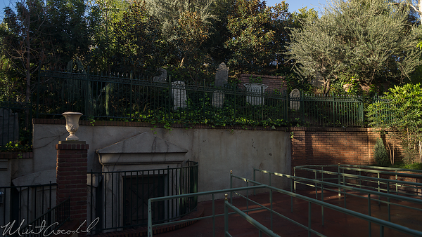 Disneyland Resort, Disneyland, New Orleans Square, Haunted Mansion, Haunted, Mansion